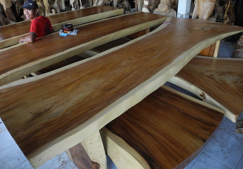 Hardwood lumber for Table bois massif moderne